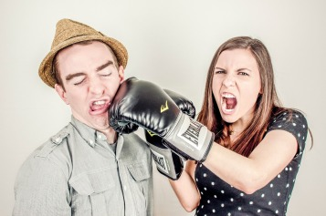 argument-conflict boxing glove