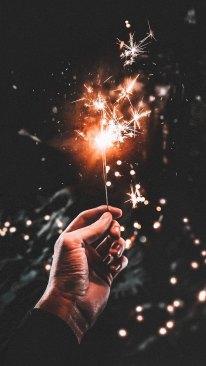 idea sparkler clement-m-547072-unsplash