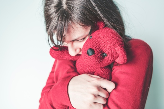 girl hugging bear gratisography-401H